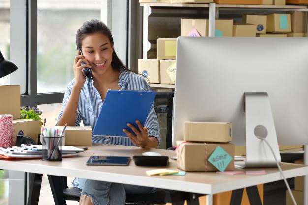 Ao trabalhar com dropshipping, é preciso levar em consideração o prazo, o rastreamento da entrega, a qualidade do produto e diversos outros fatores.